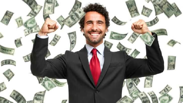 عادات مميزة يقوم بها الأغنياء في التعامل مع المال
