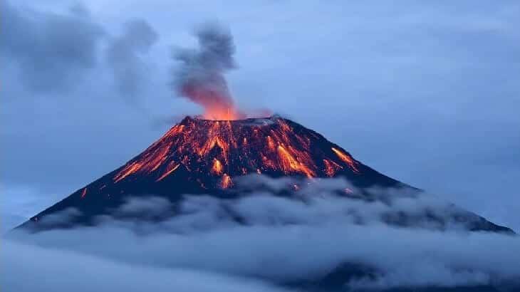 معنى رؤية البركان في الحلم معلومة ثقافية