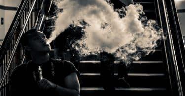 تفسير رؤية التدخين في الحلم ومعناه