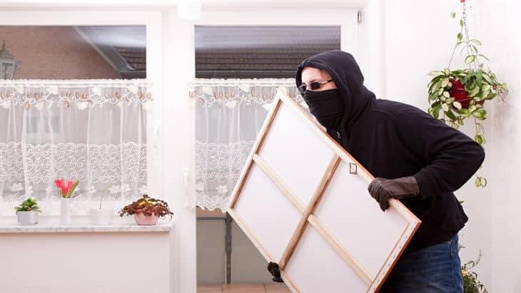 تفسير رؤية السرقة في المنام