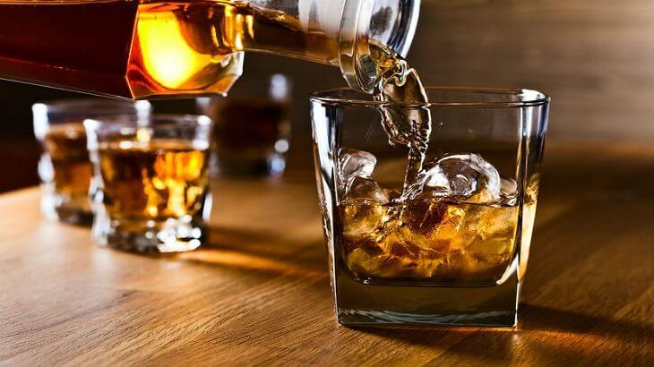 تفسير رؤية شرب الخمرفي المنام