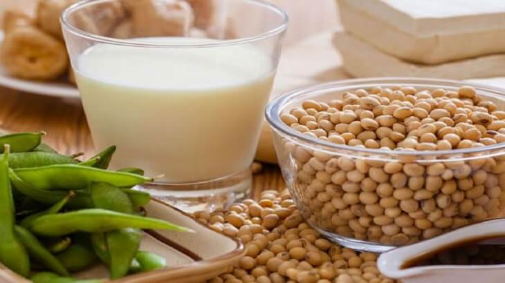 Benefits Of Soy Milk Including Bone Strengthening And Weight Loss