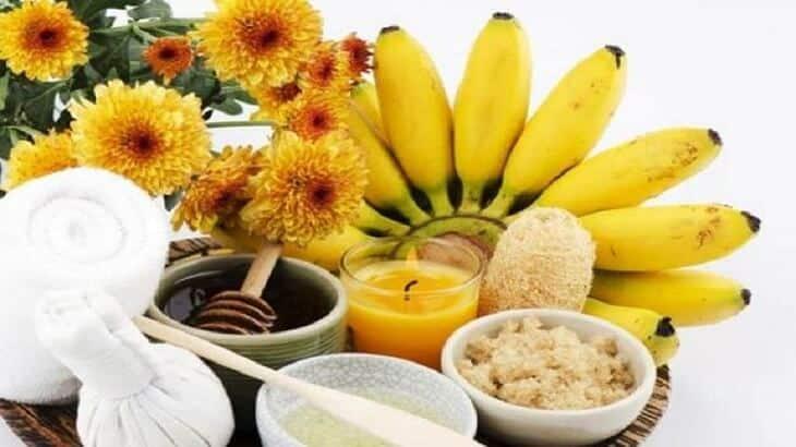7 وصفات من الموز لتفتيح البشرة وتنعيمها