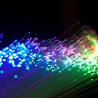 استخدامات الالياف البصرية في مجال الاتصالات
