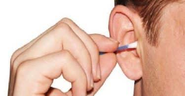 طريقة تنظيف الأذن من الشمع في المنزل