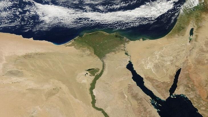 بحث عن نهر النيل شريان الحياة لمصر