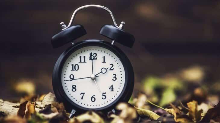 موضوع تعبير عن الوقت وأهميته في حياة الفرد والمجتمع معلومة ثقافية