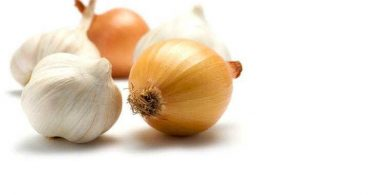 طريقة تخزين البصل أو الثوم فى المنزل بالتفصيل