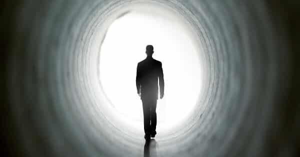 تفسير حلم موت شخص اعرفه لابن سيرين
