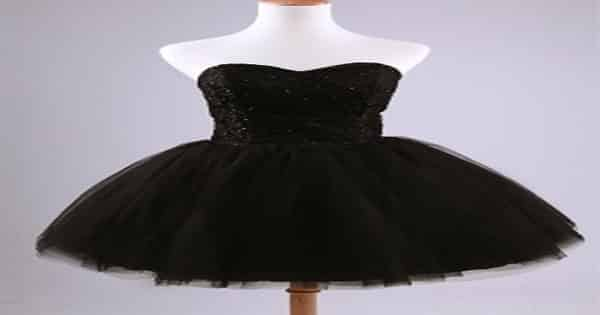 رؤية الفستان الأسود في الحلم