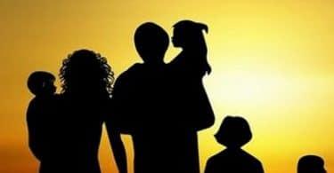 تفسير رؤية العم أو العمة في المنام