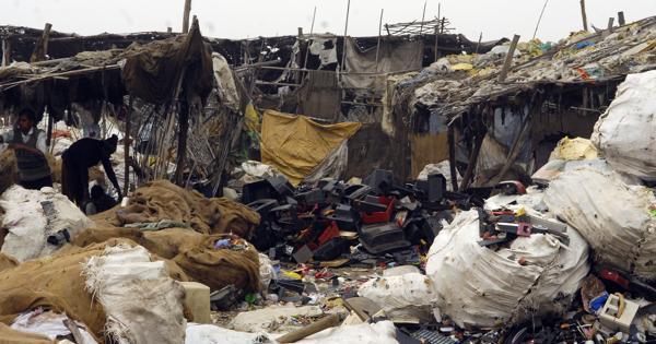 طرق التخلص من النفايات المنزلية وطرق معالجتها