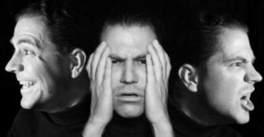 الفرق بين ازدواج الشخصية وانفصام الشخصية في علم النفس