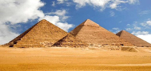 بحث عن أهمية السياحة في مصر كمصدر للدخل القومي