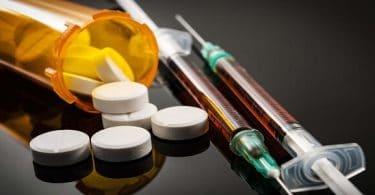 بحث عن الادمان والمخدرات وتأثيرها على الشباب