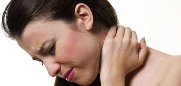 أعراض علاج لفحة الهواء في الرأس بزيت الزيتون والأعشاب