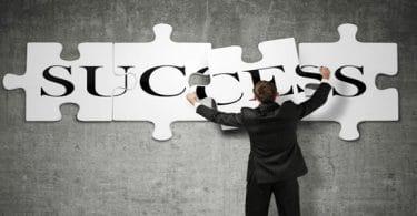 اسرار النجاح والتطور في العمل بالخطوات