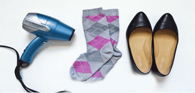 طرق توسيع الحذاء الضيق