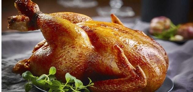 أضرار تناول جلد الدجاج بالتفصيل