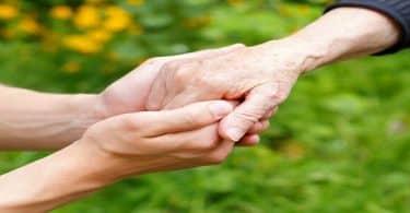 دعاء جميل عن بر الوالدين بعد الوفاة