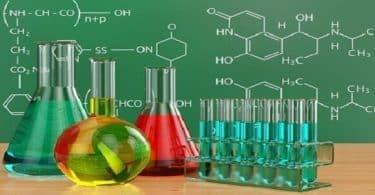 أبرز الحكم والاقوال للعلماء عن الكيمياء