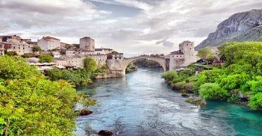 أفضل واسرع طرق للسياحة إلى البوسنة