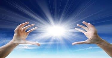 اجمل اقوال الحكماء عن الأمل والطاقة الإيجابية