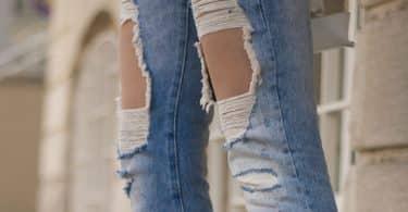 تفسير رؤية الثوب الممزق في المنام