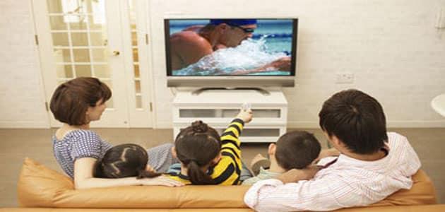 تفسير رؤية الظهور في التلفاز في المنام