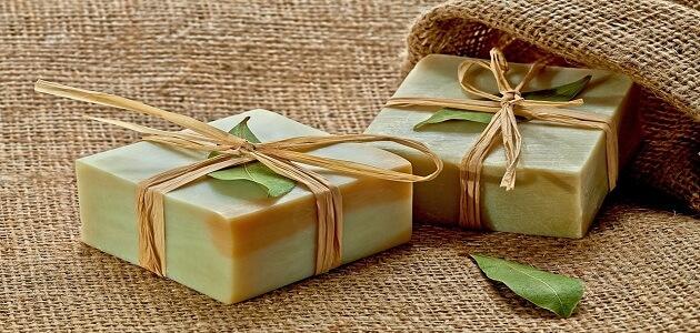 فوائد صابون الغار لإزالة آثار حب الشباب