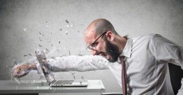 كيفية التخلص من العصبيه الزائدة والتوتر في العمل