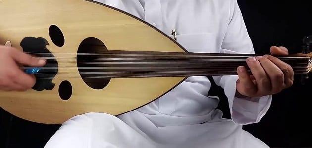 كيفية تعلم عزف العود من الالف الى الياء بالتفصيل