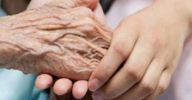 20 حكمة ومقولة مميزة عن احترام كبار السن