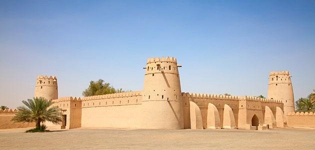 أجمل رحلات الرياض إلى حافة العالم التراثية