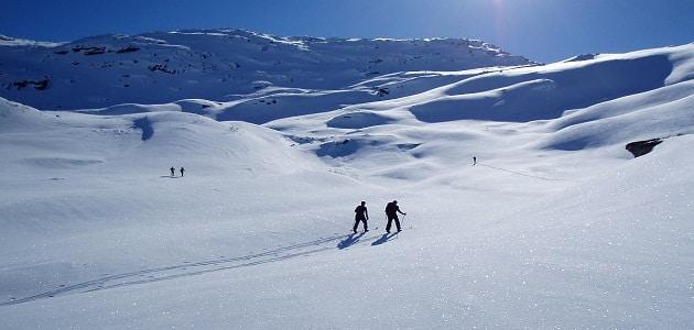 أشهر البلدان التي يوجد بها التزلج على الجليد