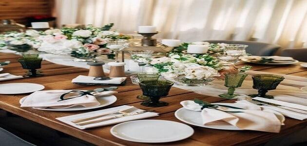 اتيكيت ترتيب طاولة الطعام بالخطوات معلومة ثقافية