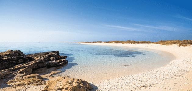 كيفية الإقامة والتنزه في شواطئ أملج الرائعة