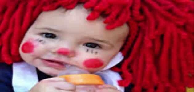 كيفية صبغ الشعر باللون الأحمر الطبيعي