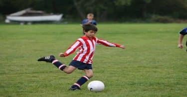 موضوع تعبير عن اهمية رياضة كرة القدم