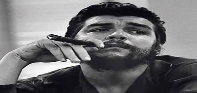 نبذة مختصرة عن جيفارا وأسباب شهرته حول العالم