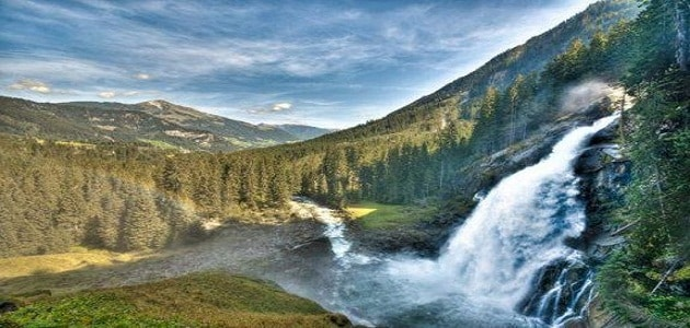 The most beautiful sights of the tourist falls in Zellamsee
