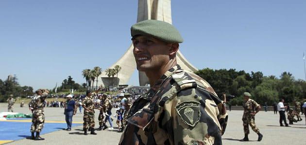 تفسير رؤية قائد الجيش في المنام ومعناه بالتفصيل معلومة ثقافية