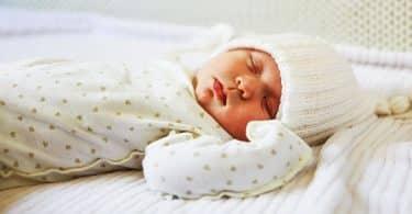 ما هي عدد ساعات النوم الصحي حسب العمر
