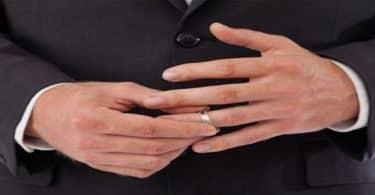 معلومات خفية عن أصابع وفوائد أصبع البنصر