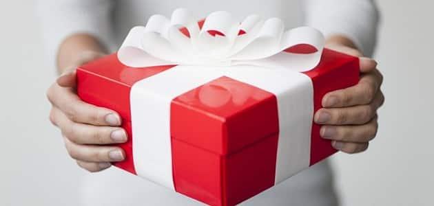 24 فكرة مبتكرة وجديدة لعمل تغليف الهدايا باسهل الطرق الممكنة