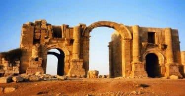 آثار مدينة جرش والمدرج الروماني