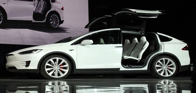 أسعار سيارات تسلا الكهربائية الجديدة
