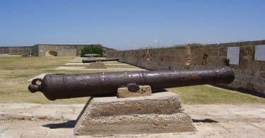 بماذا تشتهر المعالم الأثرية في عكا