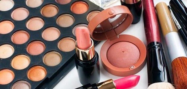 Interpretation of makeup tools in a dream