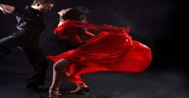 تفسير حلم رقص الزوجة لزوجها في المنام